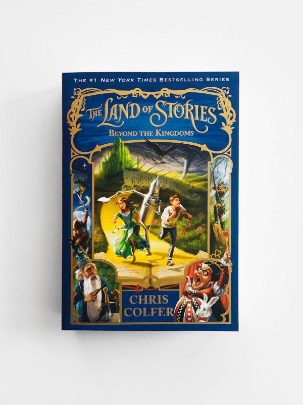 LAND OF STORIES: BEYOND THE KINGDOMS (#4)